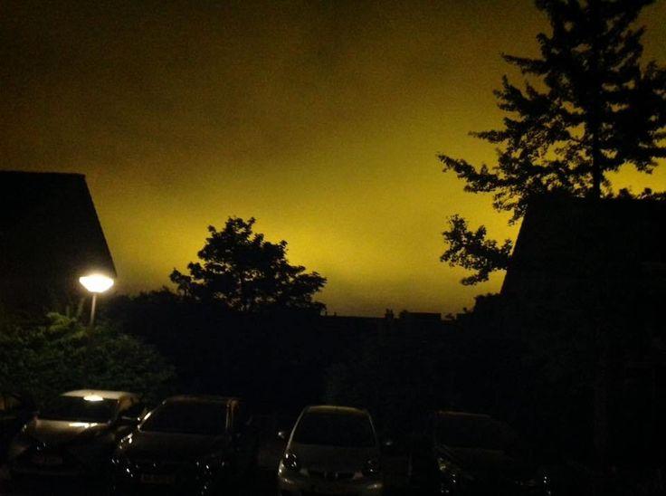 Vreemd licht na middernacht