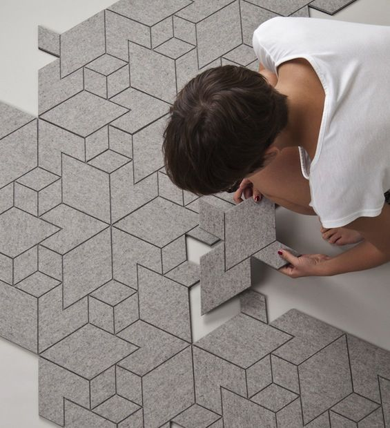 """MOQUETTE - """"Cityscapes"""", un tapis fait de modules en feutre par le studio Allt #design"""