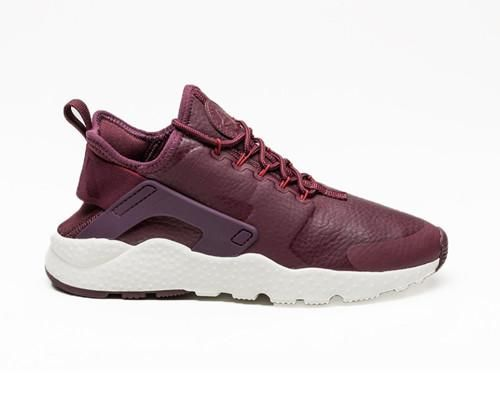 Air Huarache Run Ultra Maroon