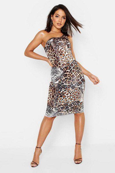 42fc578a60f8 Boohoo Animal Print One Shoulder Midi Dress. #boohoo #dresses #mididresses