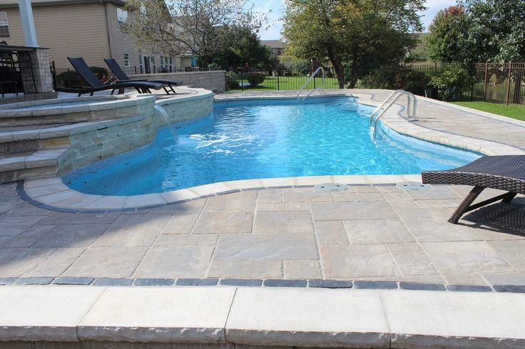 1000 id es sur le th me piscine coquillage sur pinterest margelle volet et resine carrelage for Swimming pools with built in tables