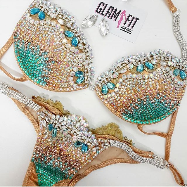 COME FOR A VISIT. We loved creating the beuaty for a customer who came from interstate to see us. Its the best way to ensure your bikini is perfect  LUCINDA Diva Design in ROSE GOLD with AB, Mocha, Aquamarine and Jade crystals.