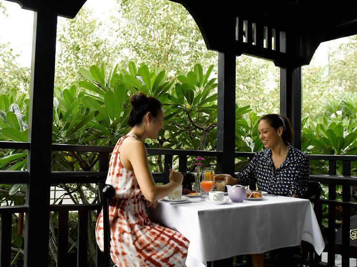 Relax and indulge at Spicers Balfour Hotel