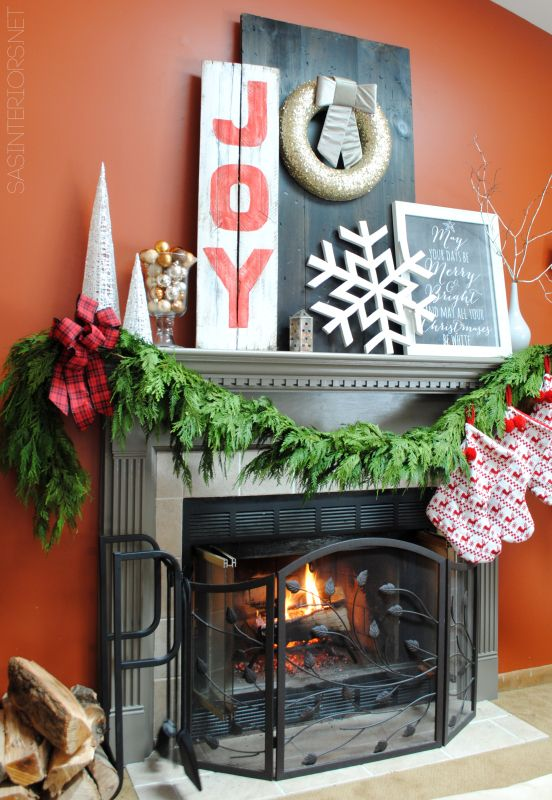 97 best Christmas Fireplaces images on Pinterest Christmas deco
