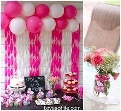 Loves of Life: Emelines Hello Kitty 3rd Birthday Party Balloon/Streamer wall.                                                                                                                                                                                 Más