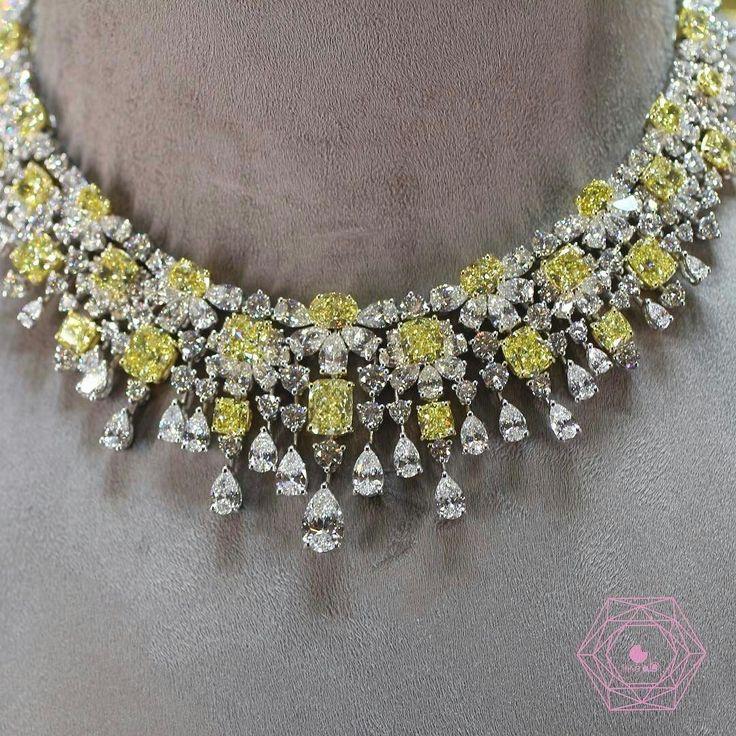 Beautiful necklace by @graffdiamonds all in diamonds love it ! . @likeab #baselworld2017