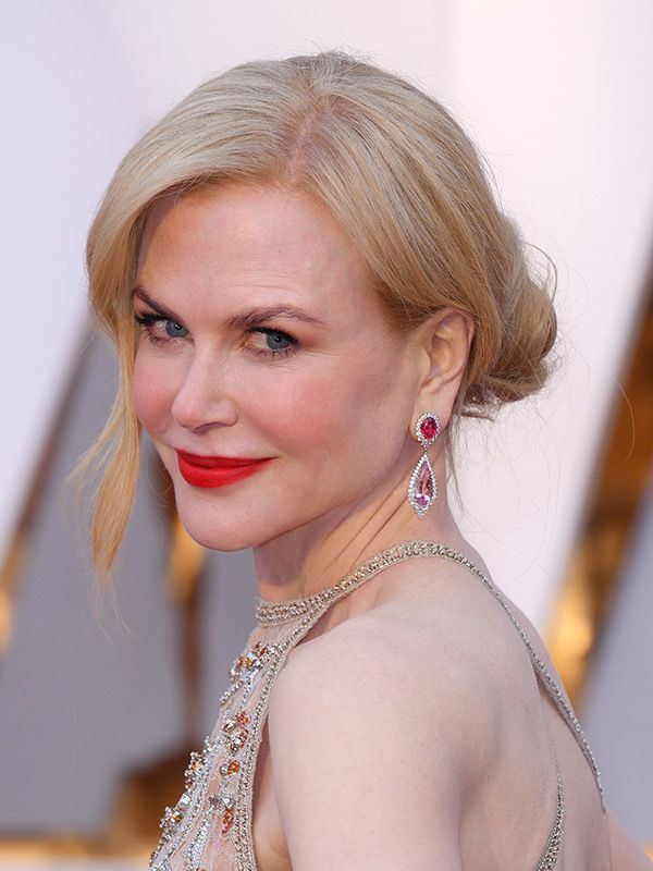 2017 Oscars Style — Best Hair & Makeup On The Academy Awards RedCarpet