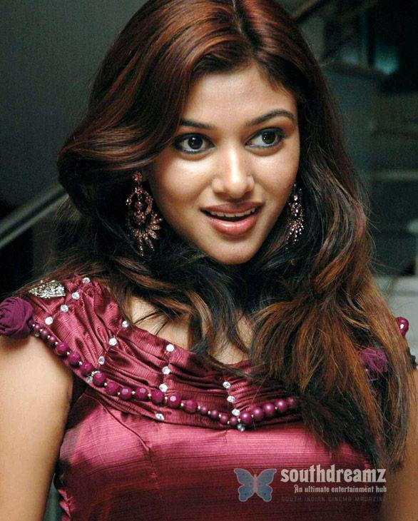 Oviya of 'Kavalan' fame collapse on the sets