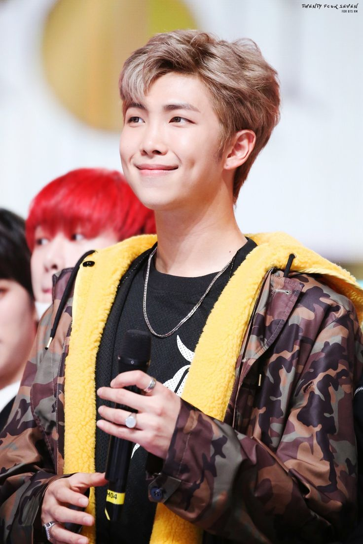 Jin Bts Cute Wallpaper Bts 防弾少年団 Kim Namjoon Rap Monster In 2019 Namjoon