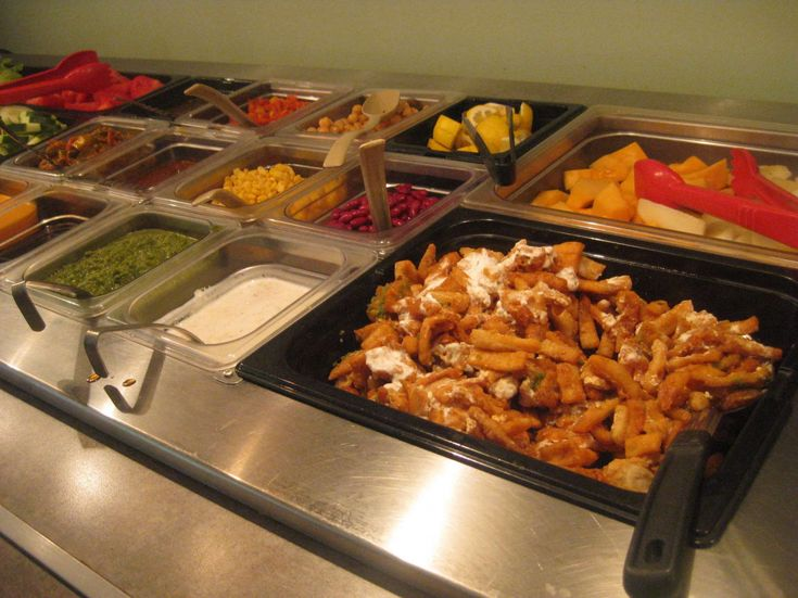 100 Round Table Lunch Buffet, Round Table Salad Bar