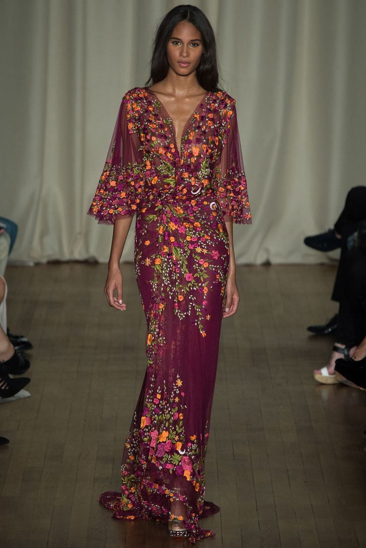 Marchesa Spring 2015 Ready-to-Wear - Collection - Gallery - Style.com possibly sundance but try for berlin