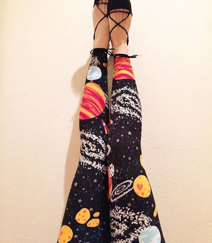 Unicorn leggings! Leggings - http://amzn.to/2id971l   These remind me of miss Frizzle from The Magic School bus