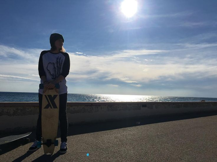 Winter vibes  #incor #brand #italy #italia #torino #italianbrand #incaseofrevolution #graphic #vsco #model #shooting #vans #photography #new #marchio #streetwear  #incormood #revolution #vscocam #wear #street #tshirt #tee  #tattoo #artist #tanktop