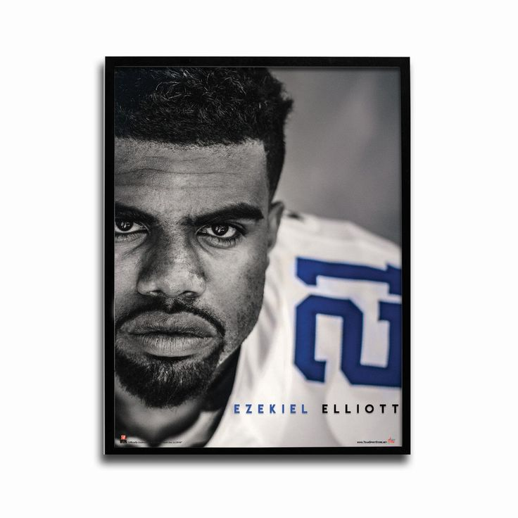 Dallas Cowboys Ezekiel Elliott Rising Star 24x18 Football Poster