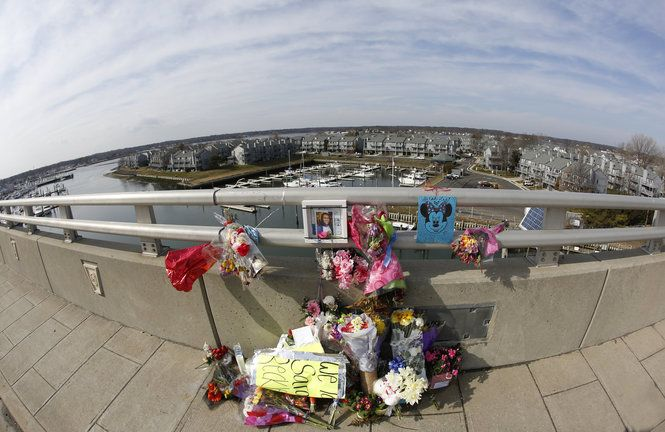 Former memorial items on the southbound side of the Route 35 bridge over the Shark River between Belmar and Neptune City honoring Sarah Stern. (File photo by Patti Sapone | NJ Advance Media)