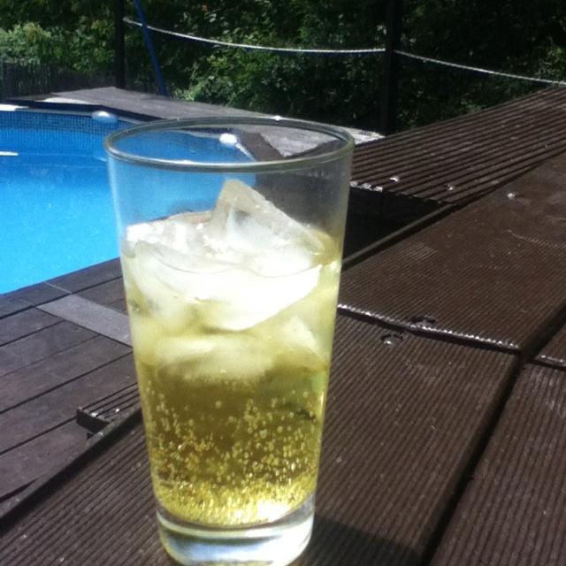 Tassoni Cedrata by the pool #tassonimonamour
