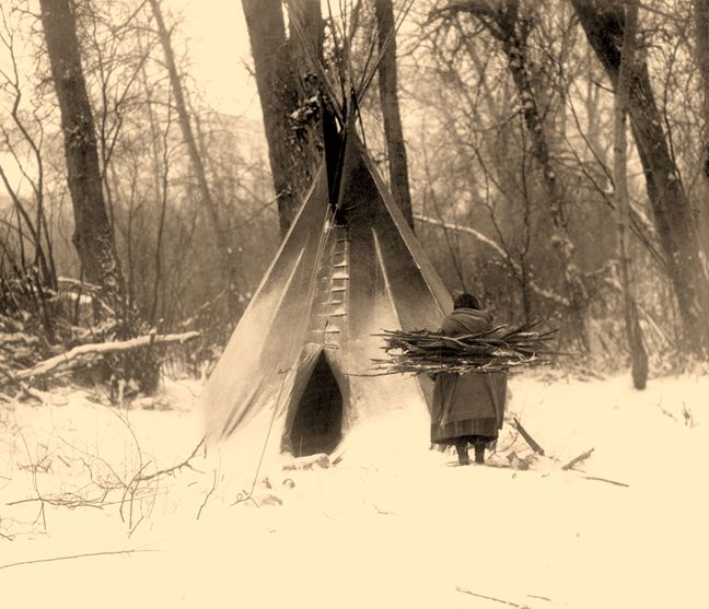 Winter Apsaroke - Vintage Photography of Native Americans by Edward Curtis - Giclée Prints by JLI Imaging, Arroyo Seco, New Mexico