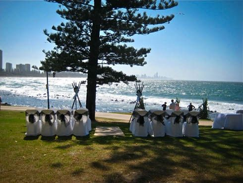 Gold Coast Weddings - Circle of Love Weddings- Beach and Garden Weddings