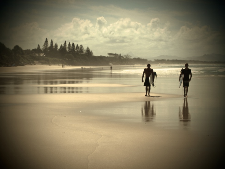 Byron Bay (Australia). 'Vibrant, laid-back and off beat are words oft used to describe this small-time, big-heart, beachside destination. At first encounter, it might seem too touristy, too packed − but no matter how many bronzed shoulders you rub up against, Byron Bay tends to soften even the hardest critic.'