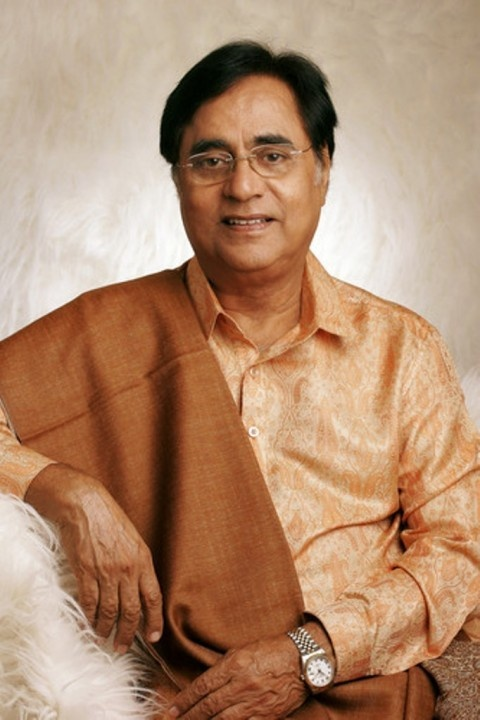 """Remembering ' Jagjit Singh ' on his Birth Anniversary !!!    Late ghazal maestro Jagjit Singh, was a prominent Indian Ghazal singer, songwriter and musician. Known as the """"Ghazal King""""    Pay your tribute with likes & shares"""