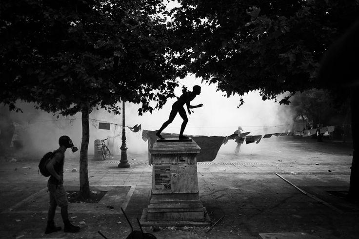 Angelos Tzortzinis PHOTOGRAPHER