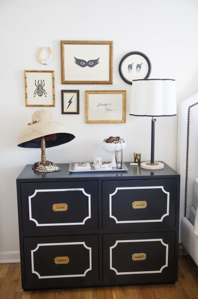 Vintage gallery wall: http://www.stylemepretty.com/living/2013/11/04/coco-kelley-home-tour/ | Photography: Katie Parra - http://katieparra.com/