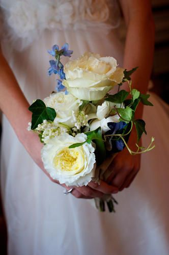 White and Cream Natural bouquet.