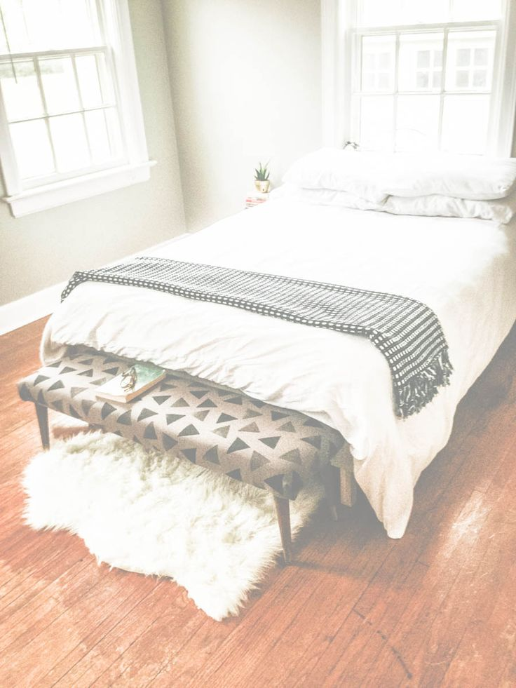 17 Best Ideas About Bedroom Benches On Pinterest