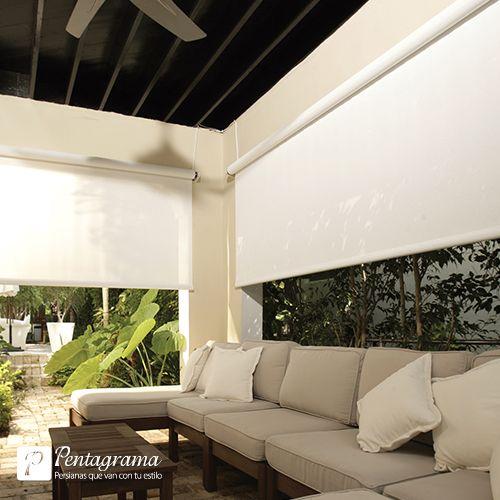 Una enrollable diseñada para uso exterior con mecanismos resistentes y durables. Excelente opción para dividir espacios y bloquear la entrada de sol en terrazas y balcones.