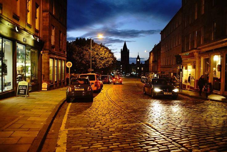Cobbled street. Stockbridge. . . . .  #stockbridge #portrait #person #sony #a7s #zeiss #jena #28mm #fd #prime #lens #views #colour #image #photographer #see #picture #vsco #vscogram #edinburgh #reflection #lifestyle #blogger #instagood #street #streetphotography #streetphotographer #travel #live #fun