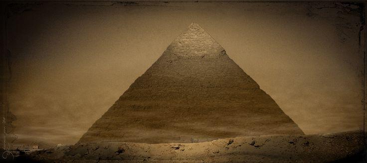dominus tempus studiodae, pyramid of khafre, giza, egypt