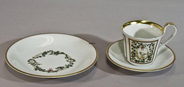 2002 Bing & Grondahl Christmas Cup w/dessert plate, set