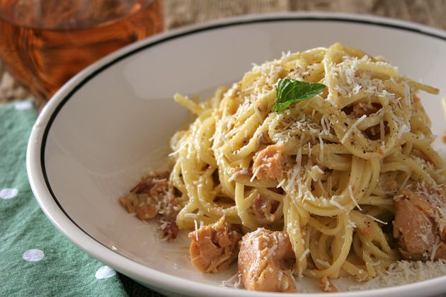 """Smoked Salmon """"Carbonara"""" Recipe Main Dishes with linguine, kosher salt, thick-cut bacon, garlic, dry rosé wine, large eggs, grated parmesan cheese, half & half, grated nutmeg, smoked salmon, ground black pepper"""