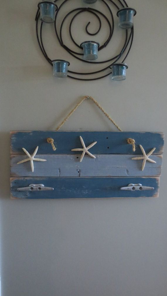 Stella Marina appendiabiti nella variazione Blues upcycled riciclato repurposed bonificata barca nautica tacchetta Seastar cappotto ganci spiaggia oceano mare arredamento