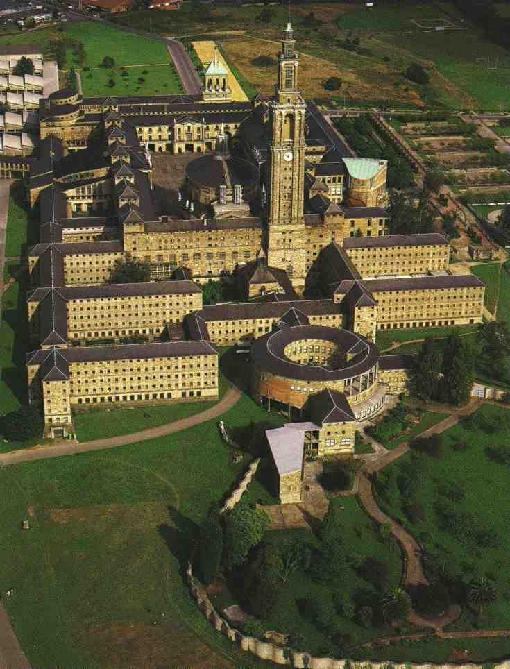 Universidad Laboral, Guijón, Asturias (1957) Luis Moya