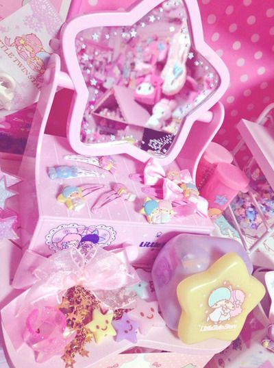 Kawaii sweet lolita/fairy kei room decor