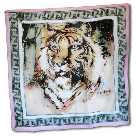 Ručne maľovaná hodvábna šatka PINK TIGER, ktorej motívom je kráľ všetkých zvierat. Táto nádherná hodvábna šatka predstavuje ušľachtilosť  a vznešenosť.  http://bit.ly/1jRBxHX