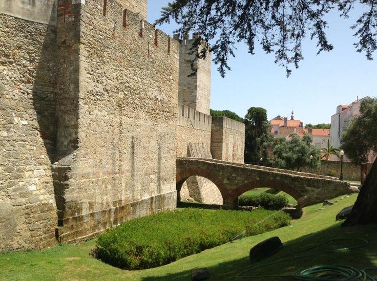 Castelo de São Jorge - The ancient castle of São Jorge, beautiful site to visit #Lisbon
