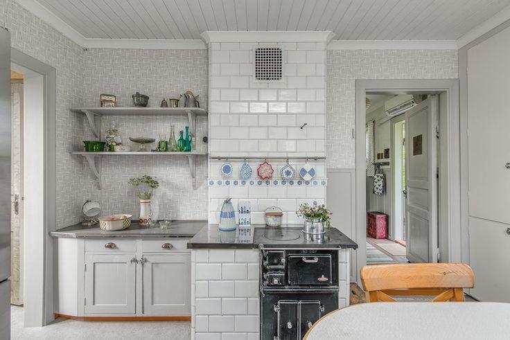Högtorpsvägen 118 - Hus & villor till salu i Sandviken | Länsförsäkringar Fastighetsförmedling