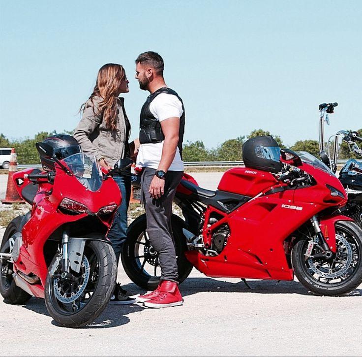 Ducati  Vs