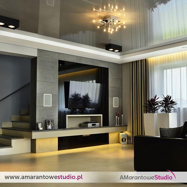 Aranżacja salonu w kolorze szarym - szary salon - wystrój salonu w szarościach.  Zobacz więcej na www.amarantowestudio.pl  Zobacz na Instagramie zdjęcia i filmy użytkownika Amarantowe Studio (@amarantowestudio)