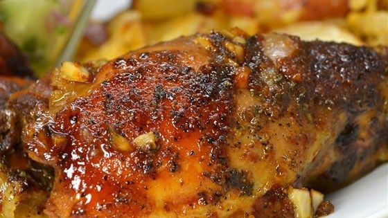 This is an easy slow cooker recipe for chicken thighs in a sauce made with soy sauce, ketchup, and honey.