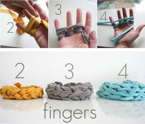 Finger knit bracelets... have finger knit before, but I never thought of doing bracelets.