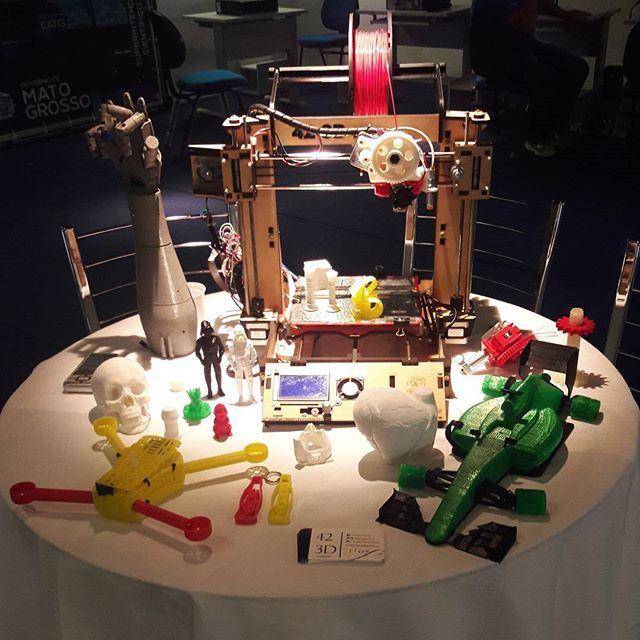 Hoje a 42 3D participou da abertura da Semana Nacional de Tecnologia e Ciência 2016 na Arena Pantanal em Cuiabá! #inovação #MatoGrosso #secitec #423d #impressões3d #3dprinting #3d  Today 42 3D attended the opening of the National Technology and Science Week 2016 in the Arena Pantanal in Cuiabá-MT!