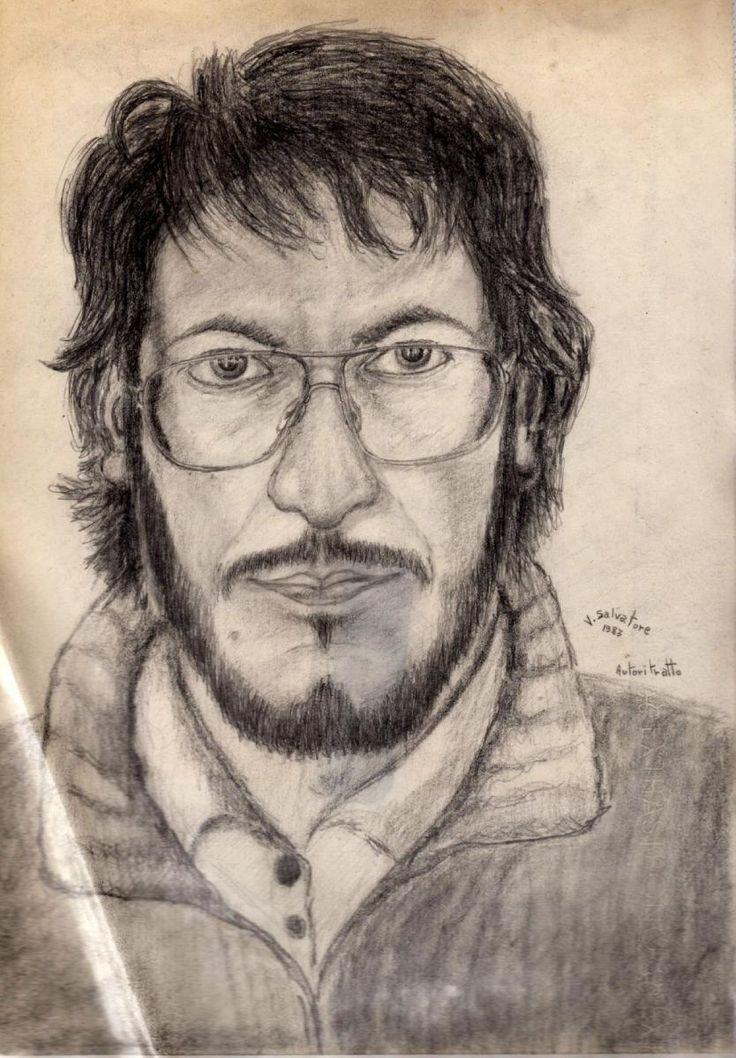 Disegno a matita eseguito davanti allo specchio su carta sottile 1983 avevo 23 anni e correva il mio primo periodo artistico. Pencil drawing execute...