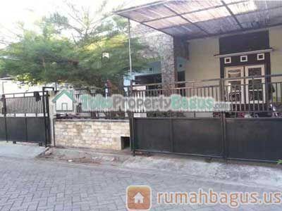 www.rumahbagus.us Rumah Minimalis Dekat Apartemen Bale Hinggil dan Kampus Stikom Rumah Dijual Harga : Rp. 925.000.000,00 Luas Tanah : 108.0 m2 Luas Bangunan : 70.0 m2 Alamat Lokasi : Perumahan Istana Fortuna, Rungkut, Surabaya Kota : Surabaya Propinsi : Jawa Timur Nama: Bagus Setiawan (www.tokopropertybagus.com)  Email: admin@tokopropertybagus.com  Telepon: 081 2350 63377 / 0856 4836 1907 / 0851 003 999 23 / 031 – 313 999 23 / Pin BB : 53F2 B4CA
