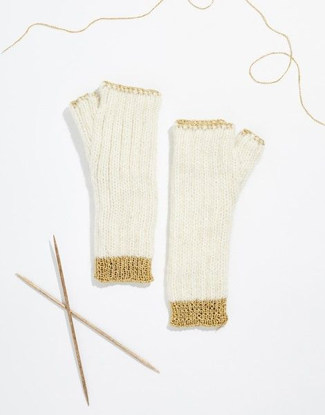 WATG x & Other Stories | Knits Of Gold Mittens | Knit it @woolandthegang