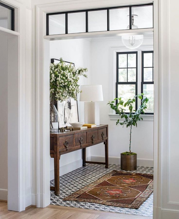 Entry With Vintage Console Table In 2020 House Interior