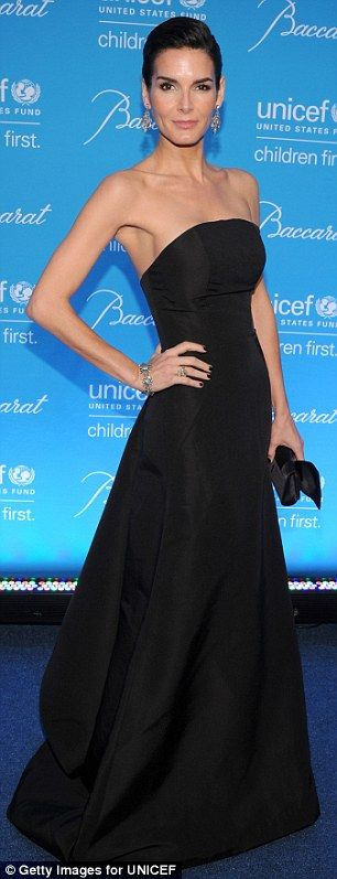 Heather Graham in a strapless gown for UNICEF Snowflake Ball | Daily Mail Online