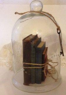 VintageGlass Cloche, Antique Glass Bell Jar, Vintage books, Vintage  glass cloche display, vintage wedding display, on Etsy, $50.00